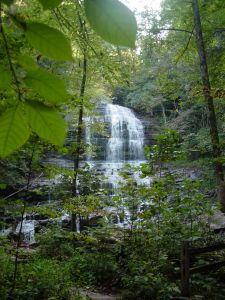 696415_mountain_waterfall