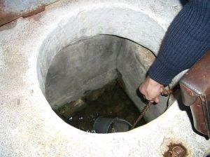 Cistern_getting_water