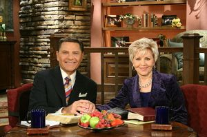 Kenneth_and_Gloria_Copeland_hosting_Believer's_Voice_of_Victory_-_2011