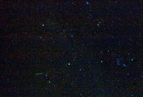 A_starry_sky_above_Death_Valley