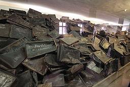 Suitcases of Auschwitz detainees (Auschwitz museum)