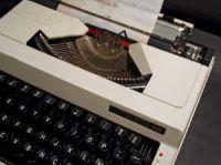 typewriter-2-334983-m