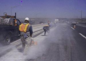 Highway_road_workers_(9245786301)