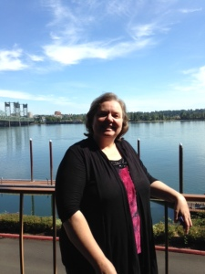 Agent Sally Apokedak at Red Lion Inn at Jantzen Beach, Portland, Oregon