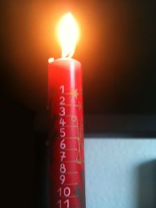 Advent_candle_1
