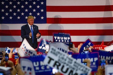 donald_trump_rally_10-21-16_30363517352